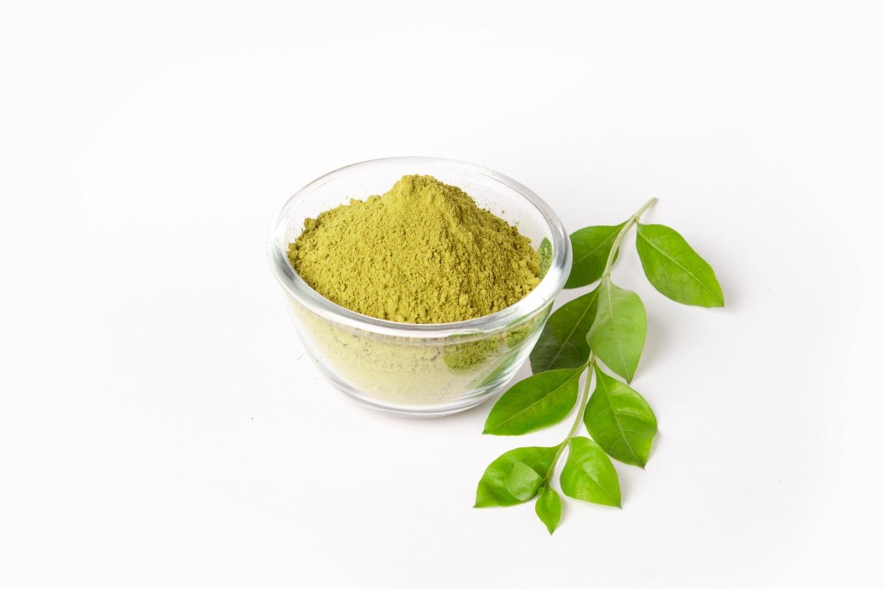 Henna Powder: Natural Henna Powder (Mehandi)